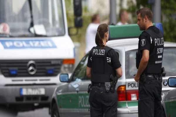 حمله به مردم با خودرو در مونیخ آلمان، 3 نفر زخمی شدند