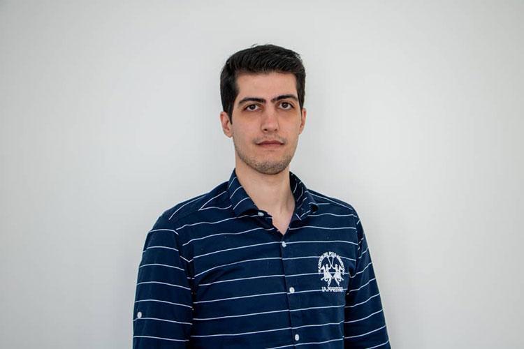 یادداشت آرش شیخ زاده مدیر دیجیتال مارکتینگ مجموعه فوتبالی در مورد گزارش سال کافه بازار