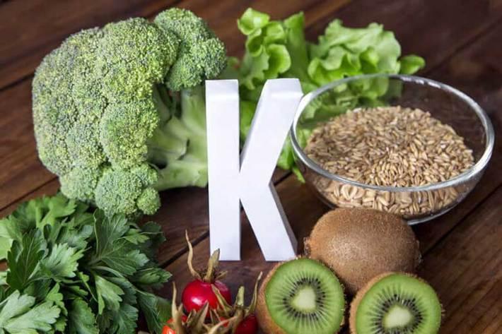 آیا ویتامین K در برابر کووید 19 نقش محافظتی دارد؟