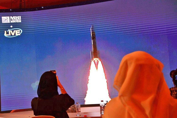 ورود امارات به باشگاه کشورهای فضایی با مهندسی بانوی ایرانی تبار