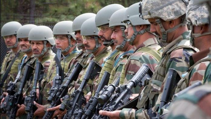 هند نیروی نظامی خود در مرز چین را تقویت کرد، میراژهای هندی در نزدیکی مرز چین مستقر شدند