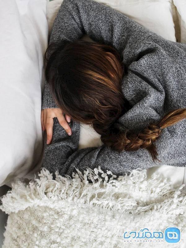 خوابیدن روی شکم برای سلامتی مضر است؟