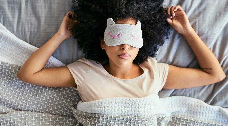 این بیماری ها خواب شما را زیاد می کند