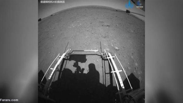 (ویدئو) حرکت مریخ نورد چینی روی سطح سیاره سرخ