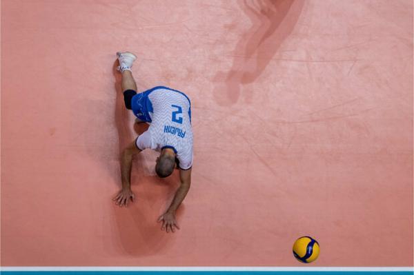 نتایج کامل دیدارهای روز عجیب مسابقات، ایران در جایگاه هشتم