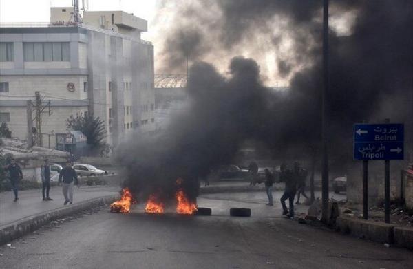 یورش معترضان به خانه وزیر اقتصاد و بانک مرکزی، اعتراضات در لبنان تشدید گرفت